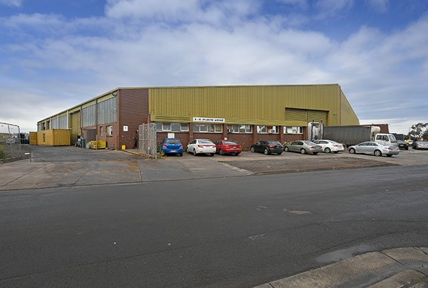 Warehouse demand displays rapid sales