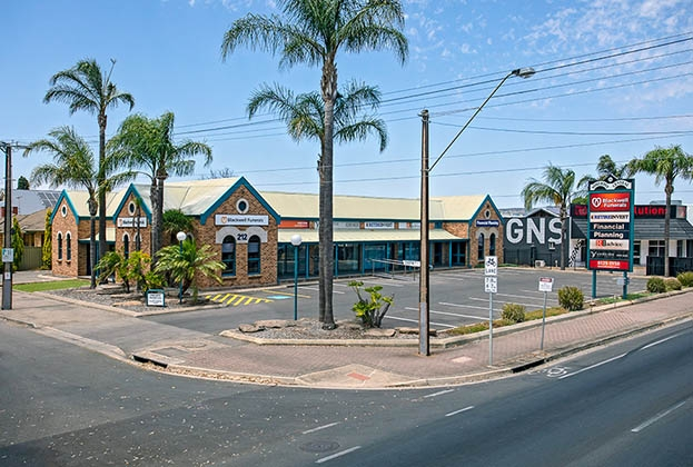 SA investors go shopping at Somerton Park
