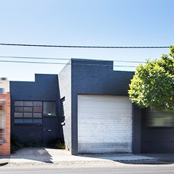 Owner-Occupiers in Fourth Clifton Hill Buy