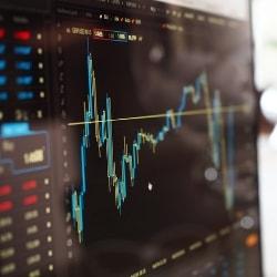 Cổ phiếu Bất động sản: Thăng trầm và Cơ hội