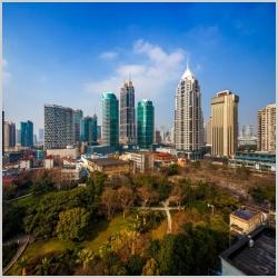 和记娱乐物业及资产管理服务:增值、增效、绿建筑......